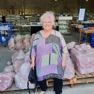Linda Williams buying crystals